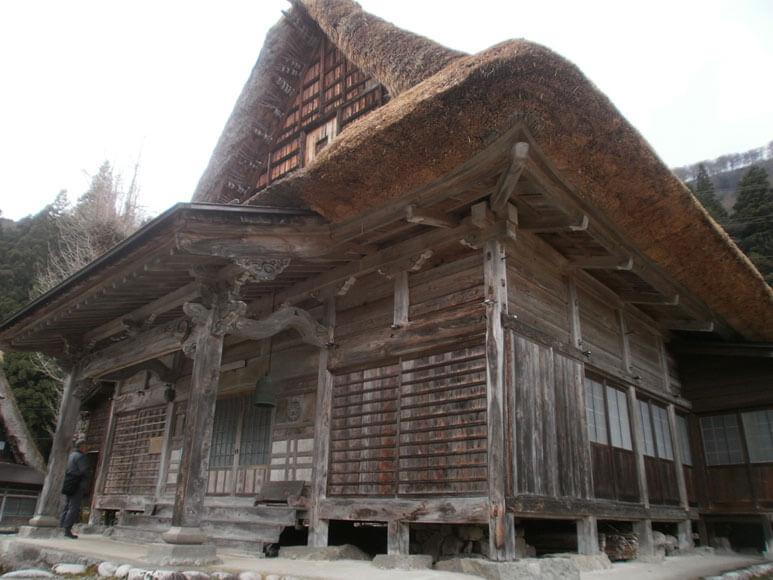 富山県旅行観光五箇山相倉合掌造り集落相念寺