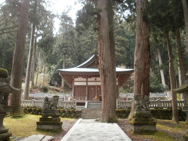 富山県旅行観光上梨白山宮