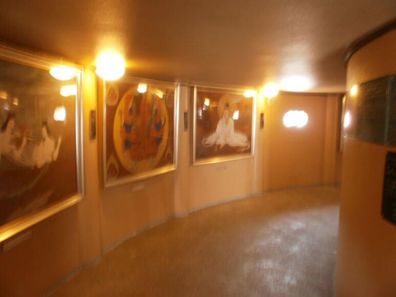 富山県旅行観光高岡大仏台座下回廊