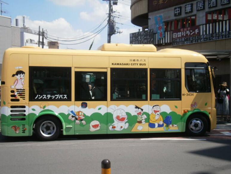 川崎市 藤子・F・不二雄ミュージアムバス