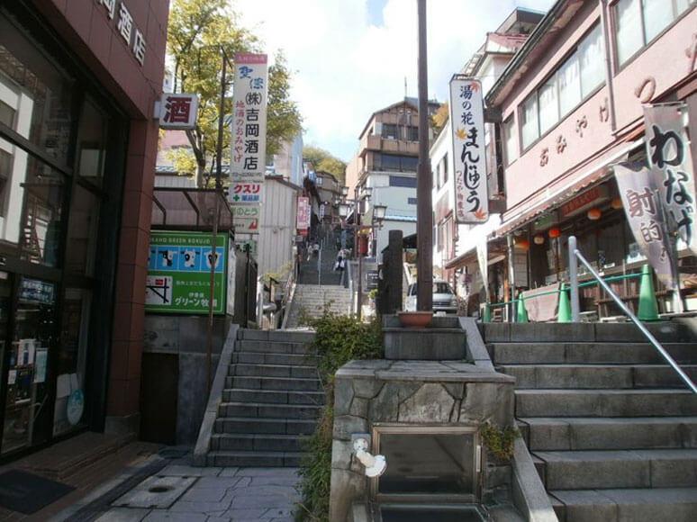 群馬県旅行観光伊香保温泉石段街