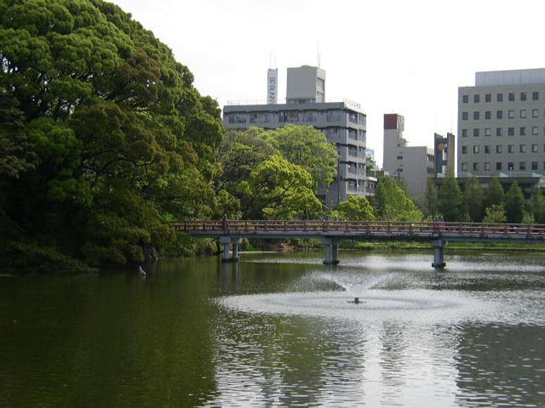 大阪府旅行観光天王寺公園茶臼山と河底池
