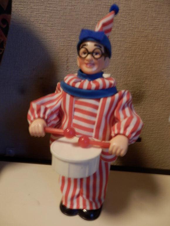 大阪府旅行観くいだおれ太郎の人形